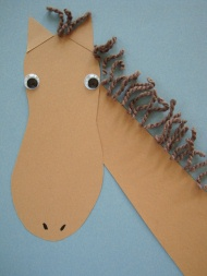 Foot print horse for Horse crafts for kids