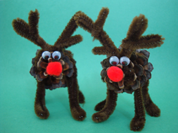 reindeer pinecone craft, Christmas craft, kids craft
